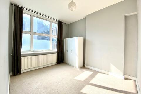 1 bedroom flat to rent - New Cross Road , London SE14