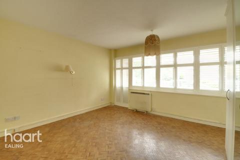 1 bedroom flat for sale - W13