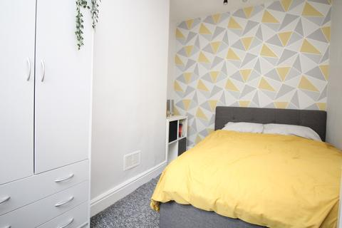 3 bedroom house share to rent - Rm 2, Station Road, Morley, Leeds
