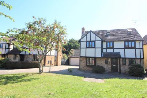 5 bedroom detached house for sale - Larch Walk, Hatfield Peverel