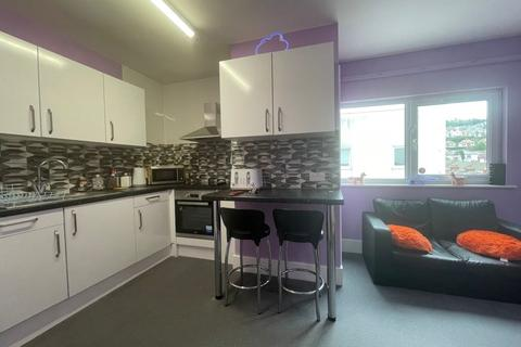 4 bedroom property to rent - St Helens Road, Swansea, SA1