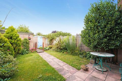 2 bedroom terraced house for sale - Boston Manor Road, Ealing , Brentford, TW8