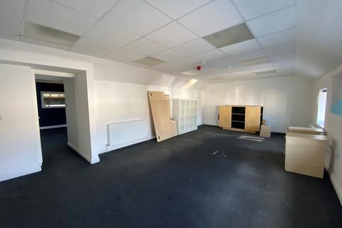Property to rent - Shelley Road East, Boscombe, Dorset