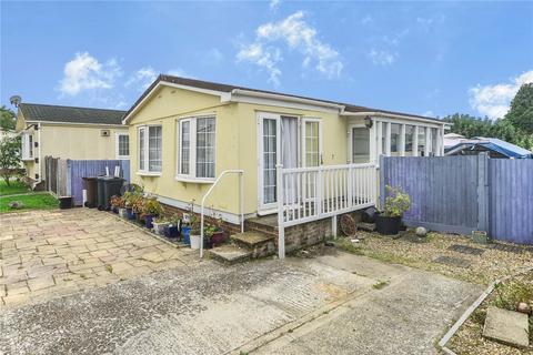 2 bedroom detached house for sale - Woodlands Park, Biddenden, Ashford, TN27