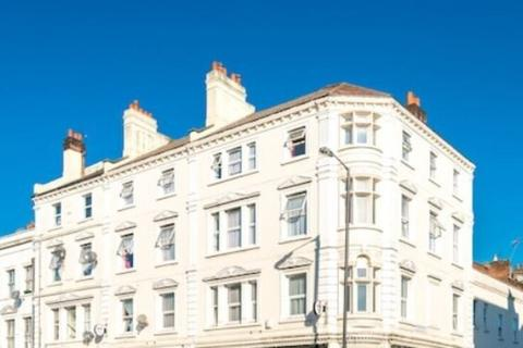 Hotel to rent - Camberwell Church Street,London, England, SE5