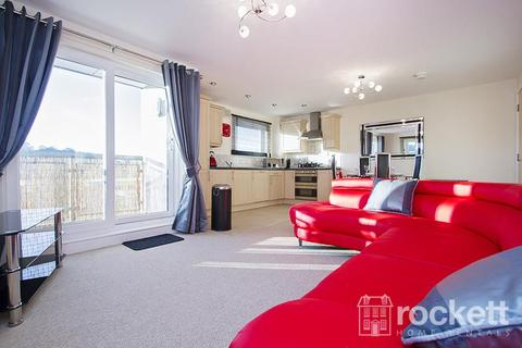 2 bedroom apartment to rent - Windsor Court, Newcastle Under Lyme
