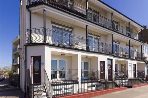 2 bedroom maisonette for sale - Sapphire Court, Southend On Sea, Essex