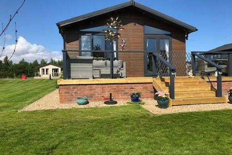 2 bedroom lodge for sale - Main Road East Riding of Yorkshire