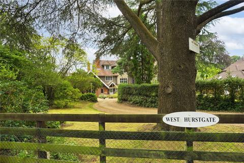 4 bedroom semi-detached house for sale - Hook Heath Road, Hook Heath, Woking, Surrey, GU22