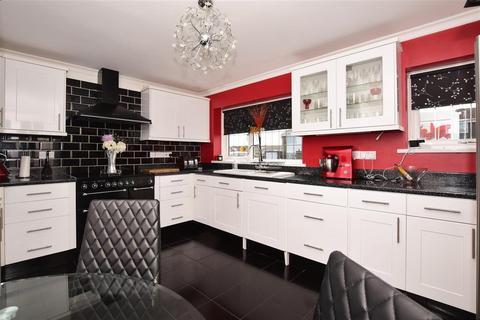 4 bedroom semi-detached house for sale - Knockholt Road, Cliftonville, Margate, Kent