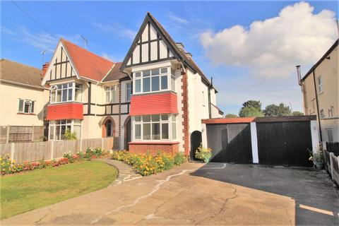 5 bedroom semi-detached house for sale - Southbourne Grove, Westcliff-on-Sea, SS0