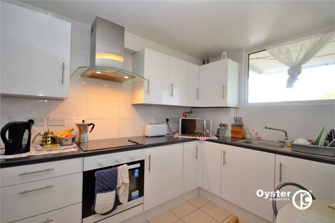 3 bedroom apartment to rent - Highview Gardens, London, N11