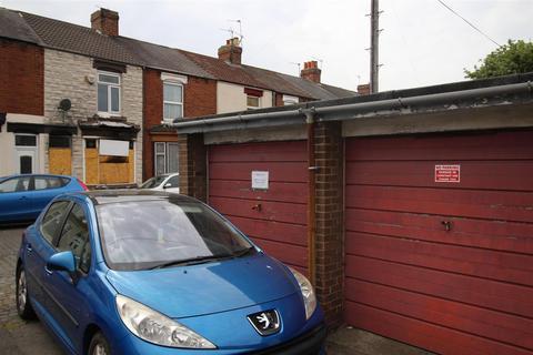 Property to rent - Angle Court, Marton Road, TS4