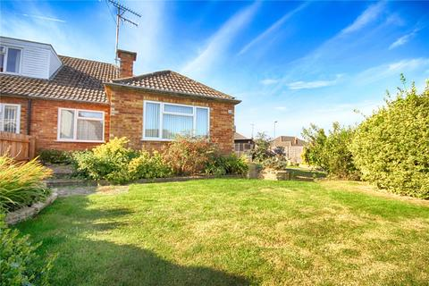 3 bedroom bungalow for sale - Pecked Lane, Bishops Cleeve, Cheltenham, GL52