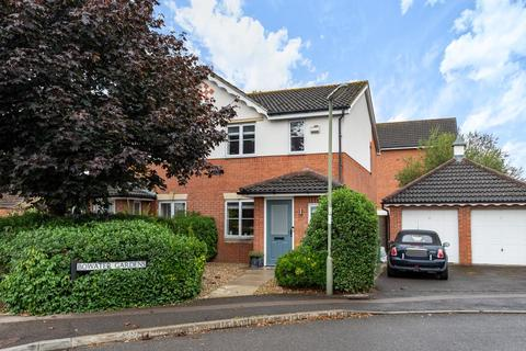 3 bedroom semi-detached house to rent - Bowater Gardens,  Lower Sunbury,  TW16