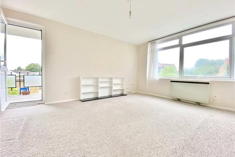 1 bedroom apartment to rent - Beaver Close, Hampton, TW12