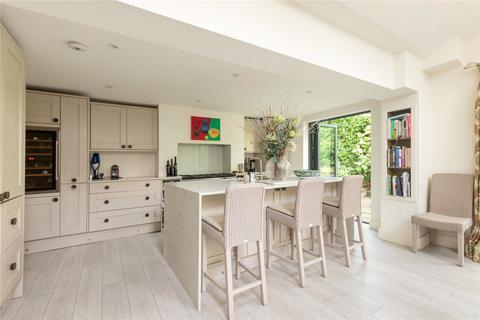 2 bedroom semi-detached house for sale - Orbel Street, London, SW11