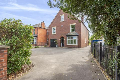 5 bedroom detached house for sale - Newark Road, Lincoln, LN6