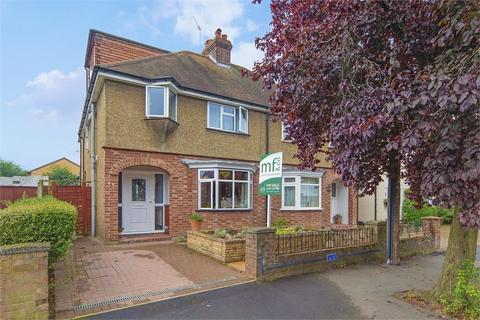 4 bedroom semi-detached house for sale - Dudley Road, WALTON-ON-THAMES, Surrey
