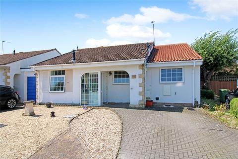 3 bedroom bungalow for sale - Alnwick, Toothill, Swindon, SN5