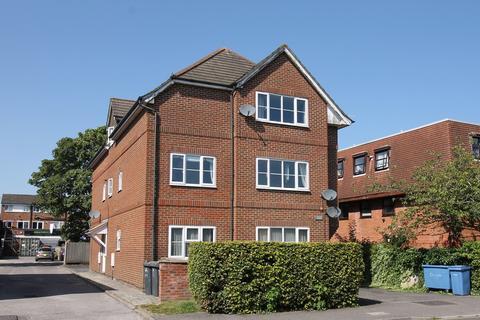 2 bedroom flat to rent - Wessex Court, 138 Albert Street, FLEET, GU51