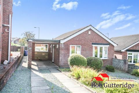 2 bedroom detached bungalow for sale - Cavendish Grove, Westbury Park, Newcastle