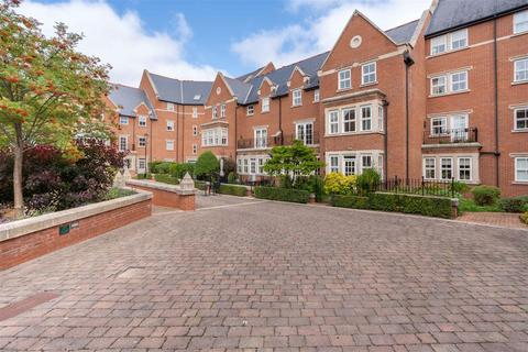 4 bedroom townhouse for sale - Princess Mary Court, Jesmond, Newcastle Upon Tyne