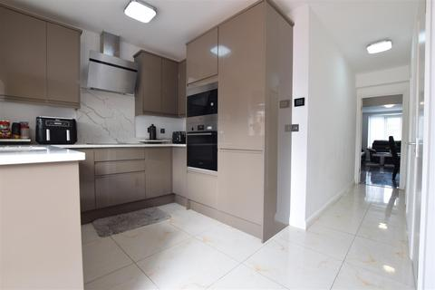 4 bedroom terraced house for sale - Rugby Road, Dagenham