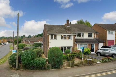3 bedroom semi-detached house for sale - Ox Lane, Harpenden, Hertfordshire