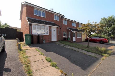 3 bedroom semi-detached house to rent - Heron Drive, Lenton, Nottingham, NG7 2DE