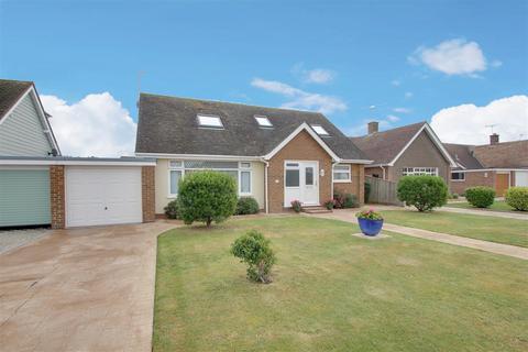 4 bedroom house for sale - Hawke Close, Rustington,