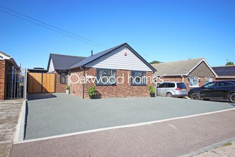 4 bedroom bungalow for sale - Alicia Avenue, Garlinge, Margate