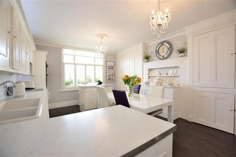 4 bedroom character property for sale - Monkhams Hall, Waltham Abbey, Essex