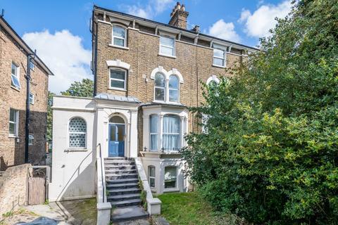 1 bedroom flat for sale - Manor Park, London, SE13