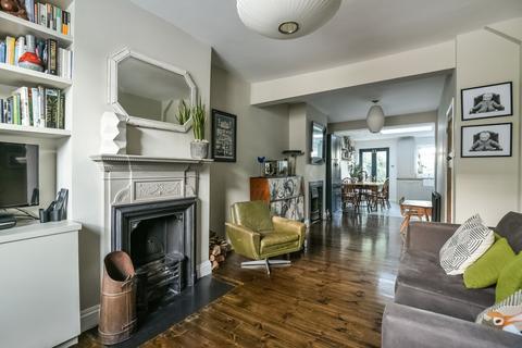 3 bedroom house to rent - Faversham Road Catford SE6