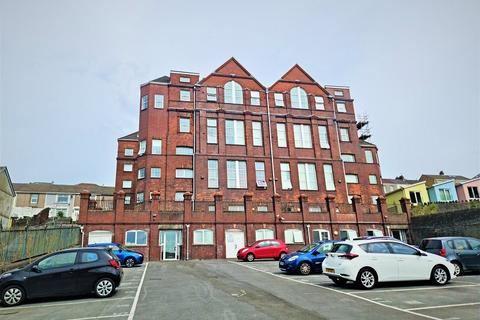 2 bedroom flat for sale - Kilvey Terrace, St Thomas, Swansea, City And County of Swansea.