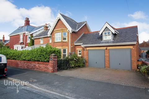 4 bedroom detached house for sale - Grosvenor Street,  Lytham, FY8