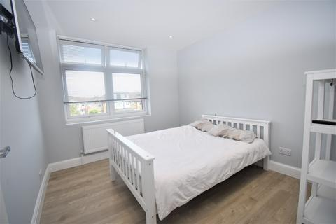 1 bedroom in a house share to rent - East Rochester Way Sidcup DA15