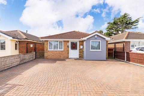 3 bedroom detached bungalow for sale - Canford Avenue, BOURNEMOUTH, Dorset