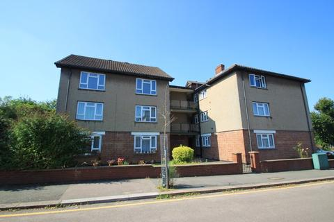 2 bedroom apartment for sale - Forest Avenue, London