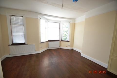 3 bedroom terraced house to rent - N22, WOOD GREEN - 3 BEDROOM HOUSE