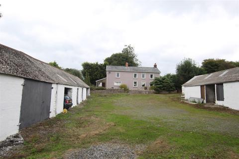 3 bedroom property with land for sale - Gwyddgrug, Pencader