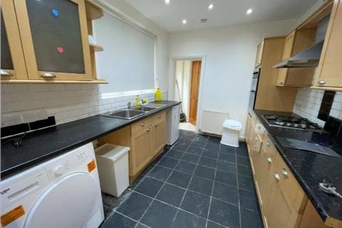 5 bedroom terraced house to rent - Mitchley Road, Tottingham N17