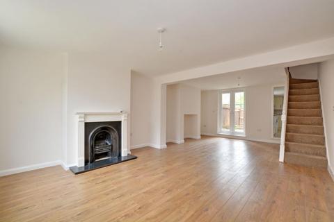 4 bedroom house to rent - Woodland Terrace, Charlton, London, SE7