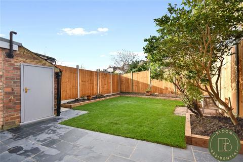 4 bedroom terraced house to rent - Marlborough Road, London, N22