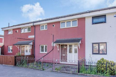 2 bedroom terraced house to rent - Enstone Garth, Bransholme, Hull, HU7