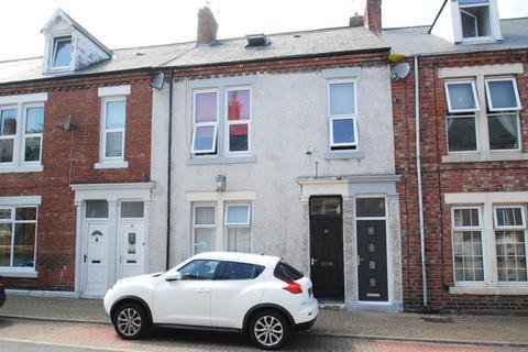 3 bedroom maisonette for sale - Dacre Street, South Shields, NE33