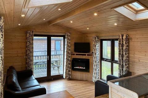 2 bedroom static caravan for sale - Sandy Balls Holiday Village, Hampshire