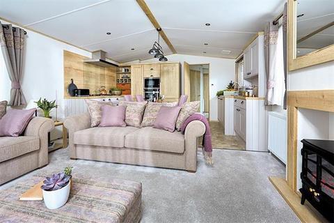 3 bedroom static caravan for sale - Sandy Balls Holiday Village, Hampshire