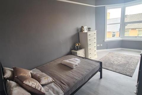 Studio to rent - Innerbrook Road, Torquay, Devon, TQ2